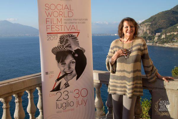 Claudia Cardinale – SOCIAL WORLD FILM FESTIVAL