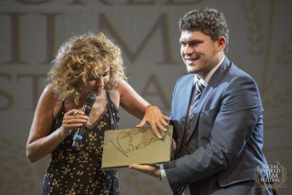 Valeria Golino e Giuseppe Alessio Nuzzo – SOCIAL WORLD FILM FESTIVAL